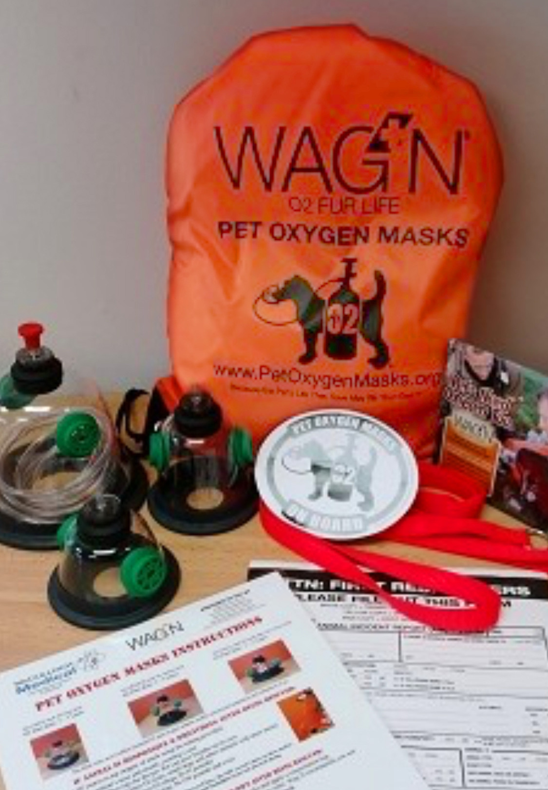 WAG'N oxygen masks for pets